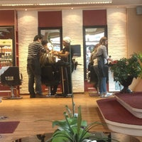 Photo taken at Coiffeur Charisma by Aysnr U. on 4/5/2013