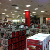 Photo taken at Macy's Men's & Home by de Cappuccinocoach B. on 7/14/2013