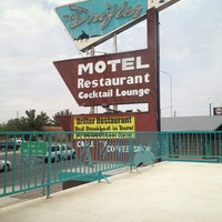 Photo taken at Drifter Motel, Restaurant and Lounge by Bobby H. on 6/28/2013