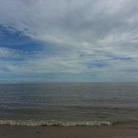 Photo taken at Paraíso Praia Resort by Welton N. on 4/28/2013