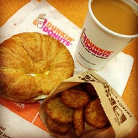 Photo taken at Dunkin Donuts by Sumit 'DulhanExpo' A. on 11/3/2013
