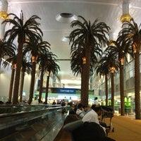Photo prise au Dubai International Airport (DXB) par Asya A. le6/1/2013