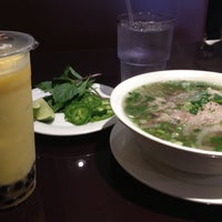 Photo taken at Viet Pho & Grill by Misola S. on 5/22/2013