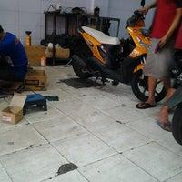 Photo taken at Bengkel Motor Super Motor by Evans A. on 7/23/2013
