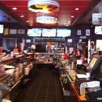 Photo taken at TGI Fridays by Leonardo T. on 3/20/2013