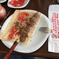 4/18/2013 tarihinde Ulaş C.ziyaretçi tarafından Palandöken Cemal Usta Cağ Kebabı'de çekilen fotoğraf