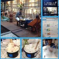 Foto tirada no(a) LIN Artisan Ice Cream por Bertha N. em 9/1/2013