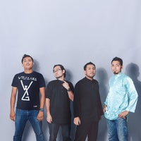 Photo taken at Shutterplace Studio by Fakhrul H. on 8/22/2014