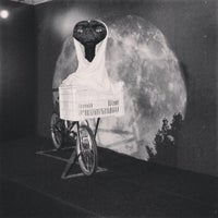 Photo taken at Museu de Cera - Dreamland by Vitor S. on 10/4/2013