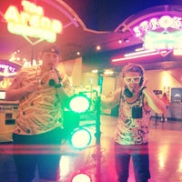 Photo taken at Main Event Entertainment by Jerrod S. on 5/31/2014