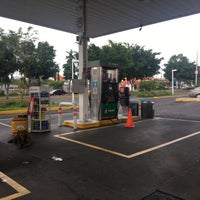Photo taken at Gasolinera 110 by Guillermo M. on 9/9/2017