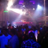 Photo taken at Neighbours Nightclub by Roberto G. on 3/4/2013