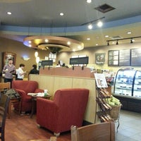 5/19/2013 tarihinde Yasemin Y.ziyaretçi tarafından Starbucks'de çekilen fotoğraf