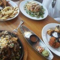 Photo taken at Chilis by 3z A. on 10/8/2018