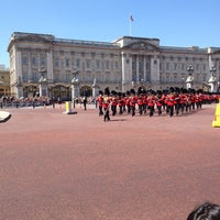 Photo taken at Buckingham Palace by Richard B. on 7/19/2013