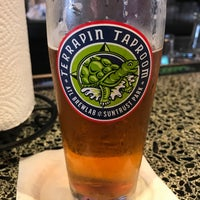 Foto tomada en Terrapin Taproom and Fox Bros. Bar-B-Q  por Matthew W. el 7/7/2018