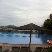 Photo taken at İsis Hotel Pool by Timur T. on 6/24/2016