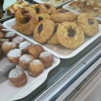Photo taken at Panaderia & Confiteria Oliveira by Jorge Gabriel G. on 11/4/2014