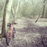 Das Foto wurde bei Epping Forest Track von Tristan N. am 4/7/2013 aufgenommen