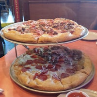 Photo taken at Mellow Mushroom by Ronnie H. on 8/17/2013