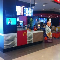 Photo taken at McDonald's by KoOnNoObAnD on 4/6/2013
