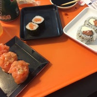 Photo taken at Genki | Sushifast by Dayane S. on 3/20/2014