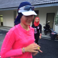 Photo taken at Taman Saujana Hijau by Nevespugly on 8/1/2015