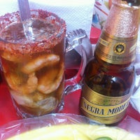 Photo taken at El Primo Pescados Fritos Y Mariscos by Anel G. on 5/12/2013