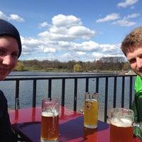 Das Foto wurde bei Schumachers Biergarten von Dominik L. am 4/5/2015 aufgenommen