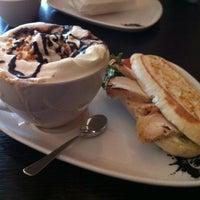 Das Foto wurde bei Kaffeepiraten von Maurice Philippe L. am 3/24/2013 aufgenommen