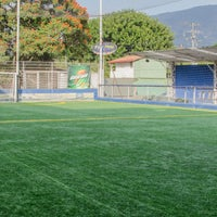 Photo taken at Cancha Sintética Autogol by Victor A. on 3/14/2013