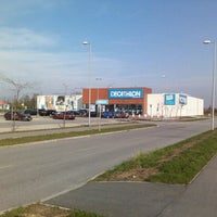 Photo taken at Decathlon Szombathely by viteez on 11/11/2012