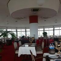 Photo taken at Düven Kule Restaurant by DeraM on 5/14/2013
