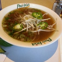 Photo taken at Pho Hoa Noodle Soup by Peter C. on 6/4/2014