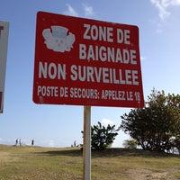 Photo taken at Plage de Saint-Félix by Jahjah R. on 4/26/2014