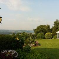 Photo taken at Reiterhof Wirsberg Belevue Spa & Resort by Stephan E. on 7/10/2013