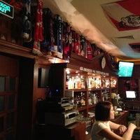 Снимок сделан в Fuller's Pub пользователем Anton T. 3/16/2013