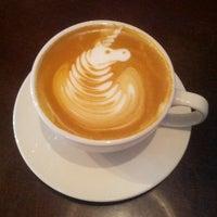 Foto scattata a Cafe Mox da Jason D. il 4/28/2013