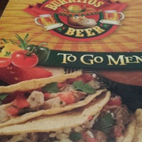 1/18/2015 tarihinde Jacob E.ziyaretçi tarafından Burritos & Beer Mexican Restaurant'de çekilen fotoğraf