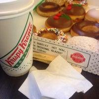 Photo prise au Krispy Kreme par Eduard M. le3/28/2015