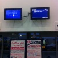 Das Foto wurde bei Barrow-in-Furness Railway Station (BIF) von Ericson C. am 4/19/2013 aufgenommen
