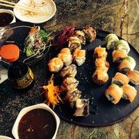 Foto tomada en Wazaaabi Sushi House por Roger V. el 10/2/2013