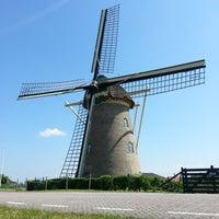 Photo taken at Molen van Goidschalxoord by Alwin S. on 5/27/2013