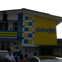 Photo taken at Global Art Myanmar ( Art School ) by Theint Y. on 4/4/2014