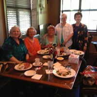 Photo taken at Horse & Hounds Restaurant & Pub by Danna C. on 5/13/2013