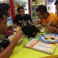 Photo taken at Restoran Nisma by Farieq R. on 12/25/2016