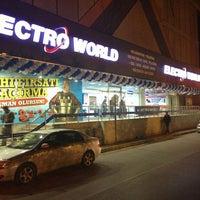 Photo taken at Electroworld İzmit by Tuğba A. on 5/13/2013