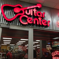 Photo taken at Guitar Center by Anne L. on 5/25/2013