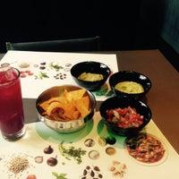 Снимок сделан в The Burger Mexico пользователем Elena B. 7/28/2015