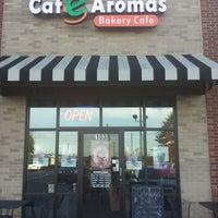 Photo taken at Cafe Aromas by Daro M. on 10/12/2013